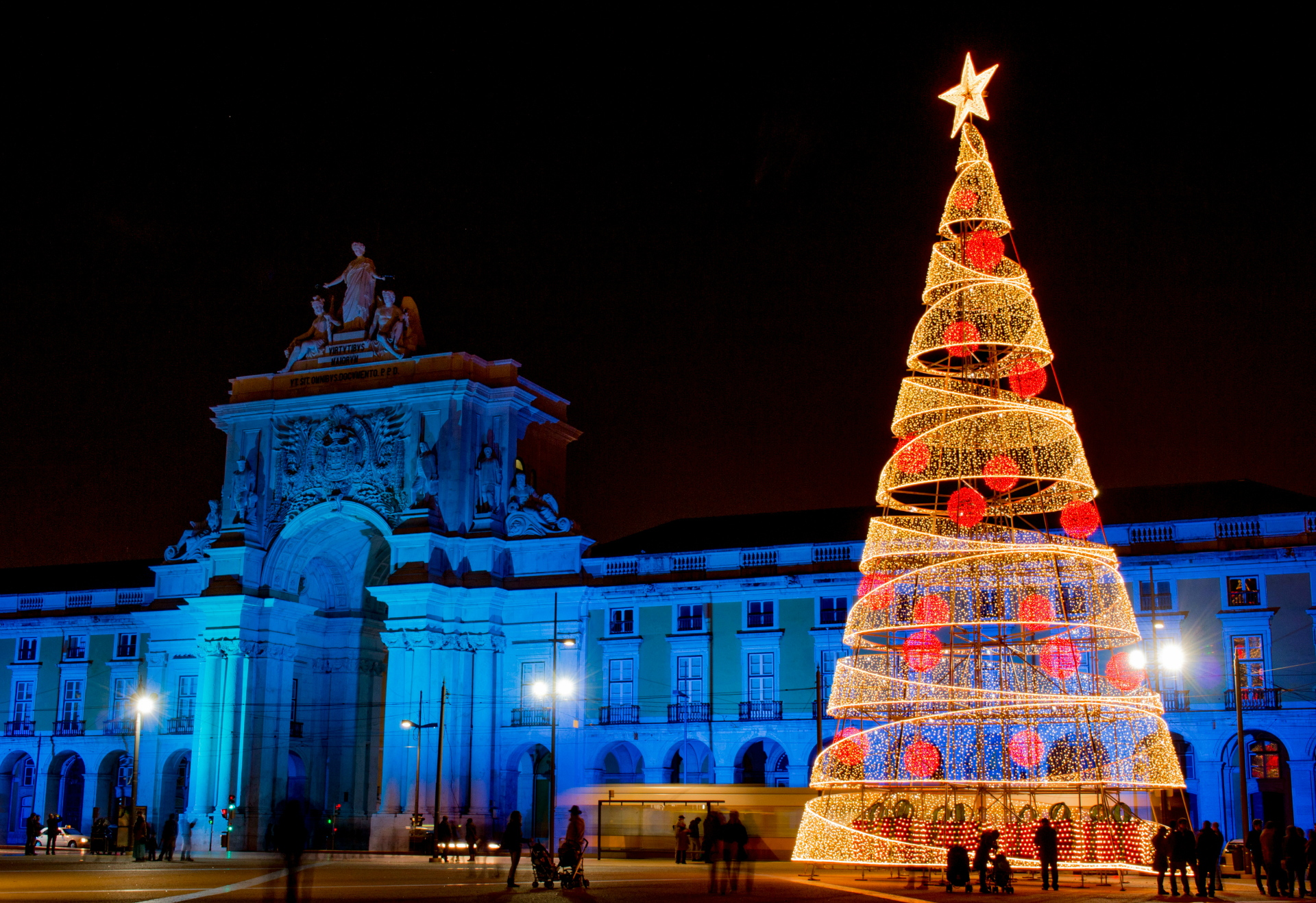 american tourists are conquered by the portuguese christmas - Christmas In Portugal